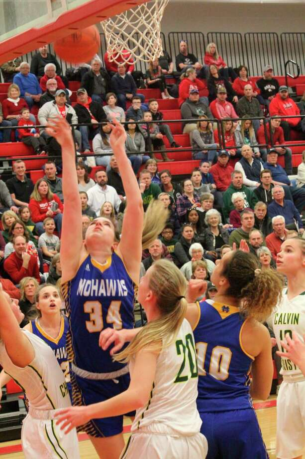 Girls basketball and other winter contact sports can start next week. (Pioneer file photo)