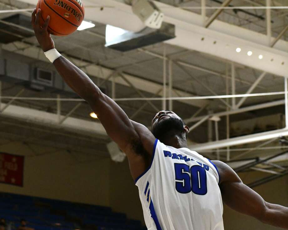 Wayland Baptist's men's and women's basketball team hosted Southwestern Assemblies of God in a pair of Sooner Athletic Conference basketball games on Thursday in the Hutcherson Center. Photo: Nathan Giese/Planview Herald