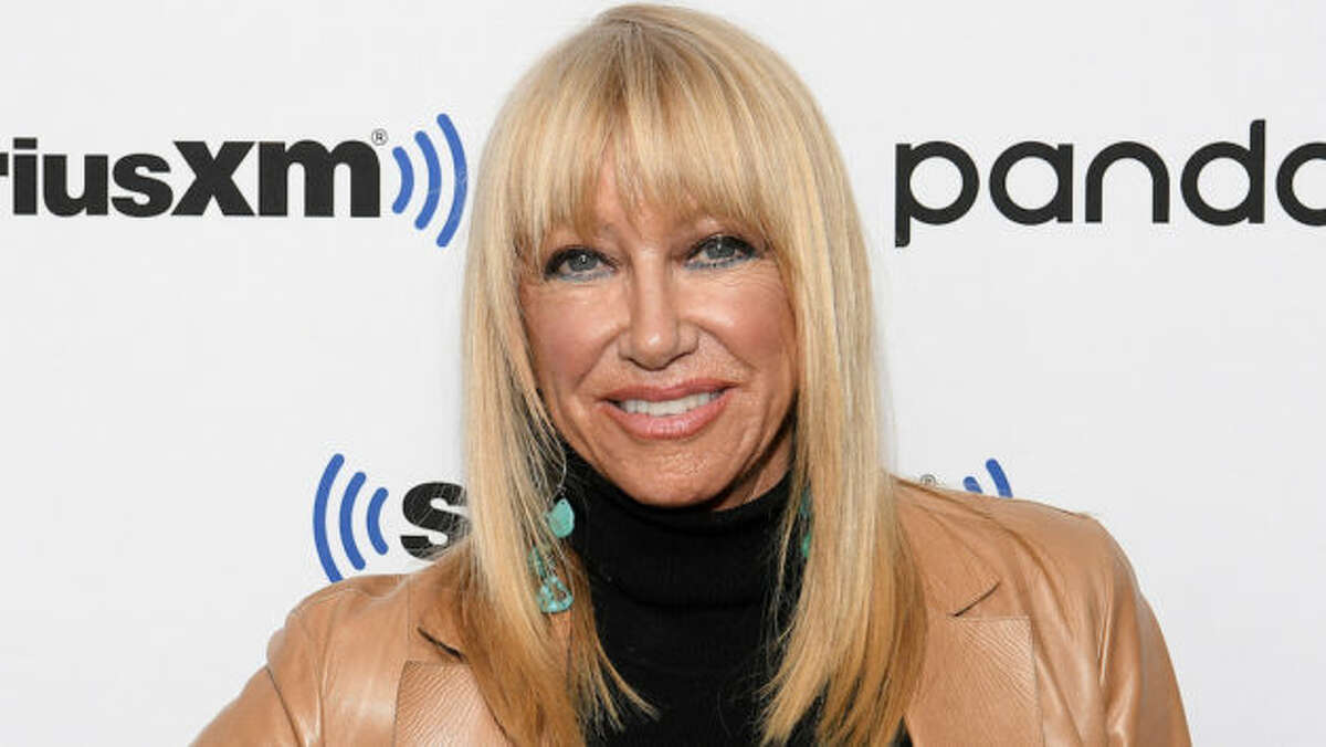 NEW YORK, NEW YORK - JANUARY 06: (EXCLUSIVE COVERAGE) Suzanne Somers visits SiriusXM Studios on January 06, 2020 in New York City. (Photo by Dia Dipasupil/Getty Images)