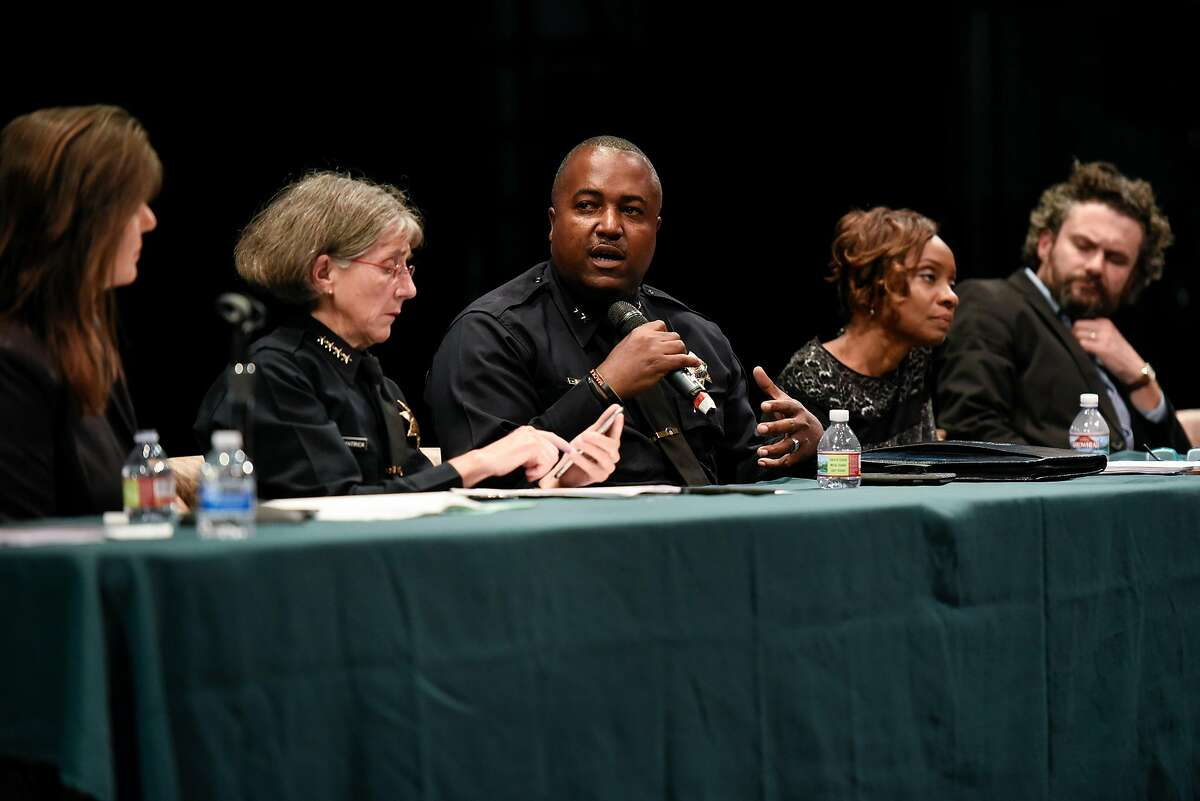 LeRonne Armstrong (center), Oakland's pick for police chief, speaks during a 2018 town hall.