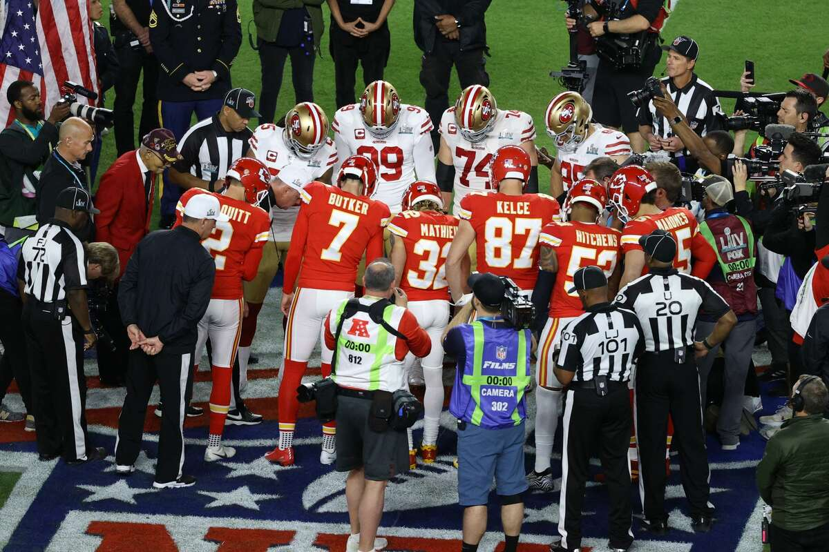 The coin toss is one of the most popular Super Bowl bets every year.