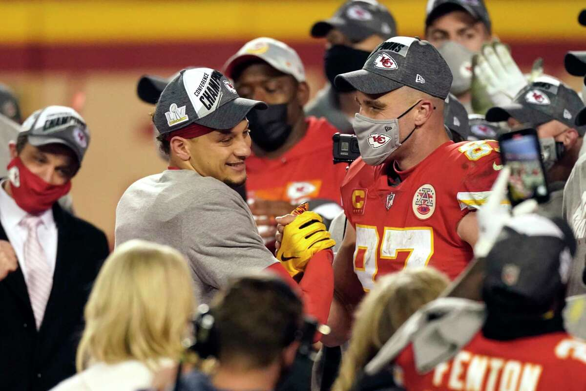 Tight end Travis Kelce (87) and quarterback Patrick Mahomes connected often during the Chiefs' two playoff victories to reach their second consecutive Super Bowl.