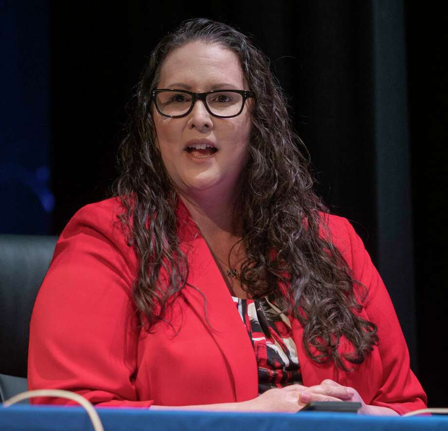 Angelica Ramsey, new MISD superintendent, speaks 02/05/2021 after the MISD school board unanimously approves the hire for a new superintendent. Tim Fischer/Reporter-Telegram Photo: Tim Fischer, Midland Reporter-Telegram