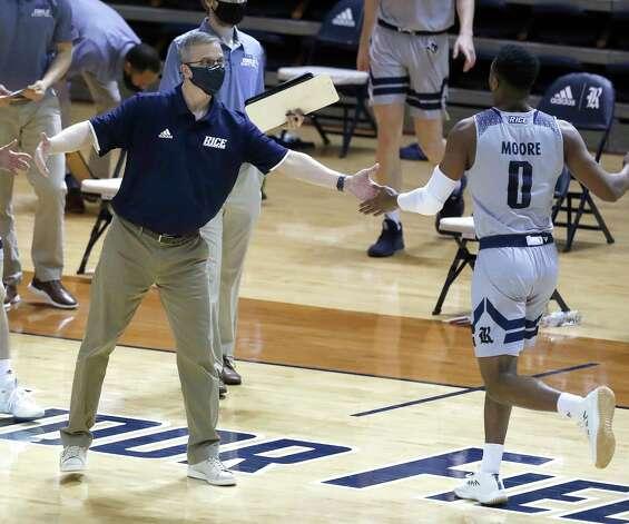 Rice Owls head coach Scott Pera during the first half of an NCAA men's basketball game at Tudor Field House in Houston, Friday, Feb. 5. Photo: Karen Warren, Staff Photographer / © 2021 Houston Chronicle