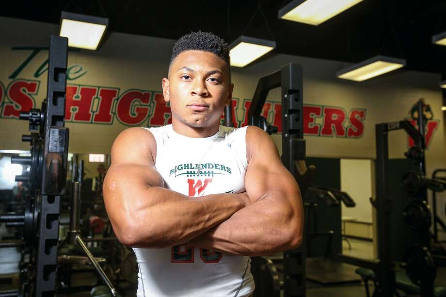 Antoine Winfield, Jr. was the Montgomery County Player of the Year in 2015 with The Woodlands. Photo: Michael Minasi, Photographer