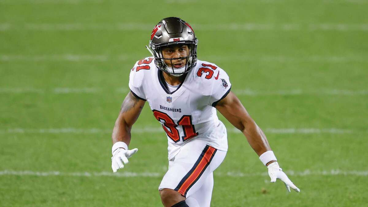 Tampa Bay Buccaneers strong safety Antoine Winfield Jr. (31) in action against the Chicago Bears during the second half of an NFL football game, Thursday, Oct. 8, 2020, in Chicago. (AP Photo/Kamil Krzaczynski)
