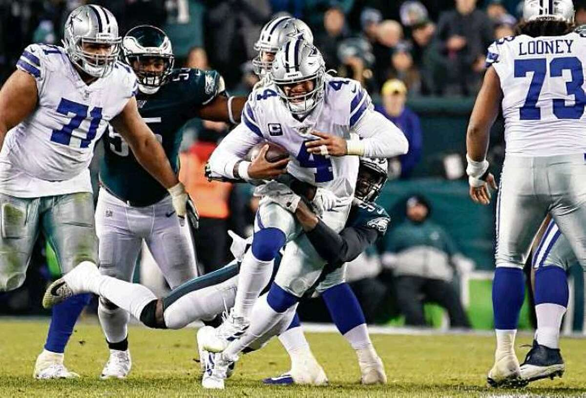 The $35 million annual average the Cowboys have reportedly offered Dak Prescott would be worth less than $30.4 million per year if offered by a team in California after factoring in state income tax.