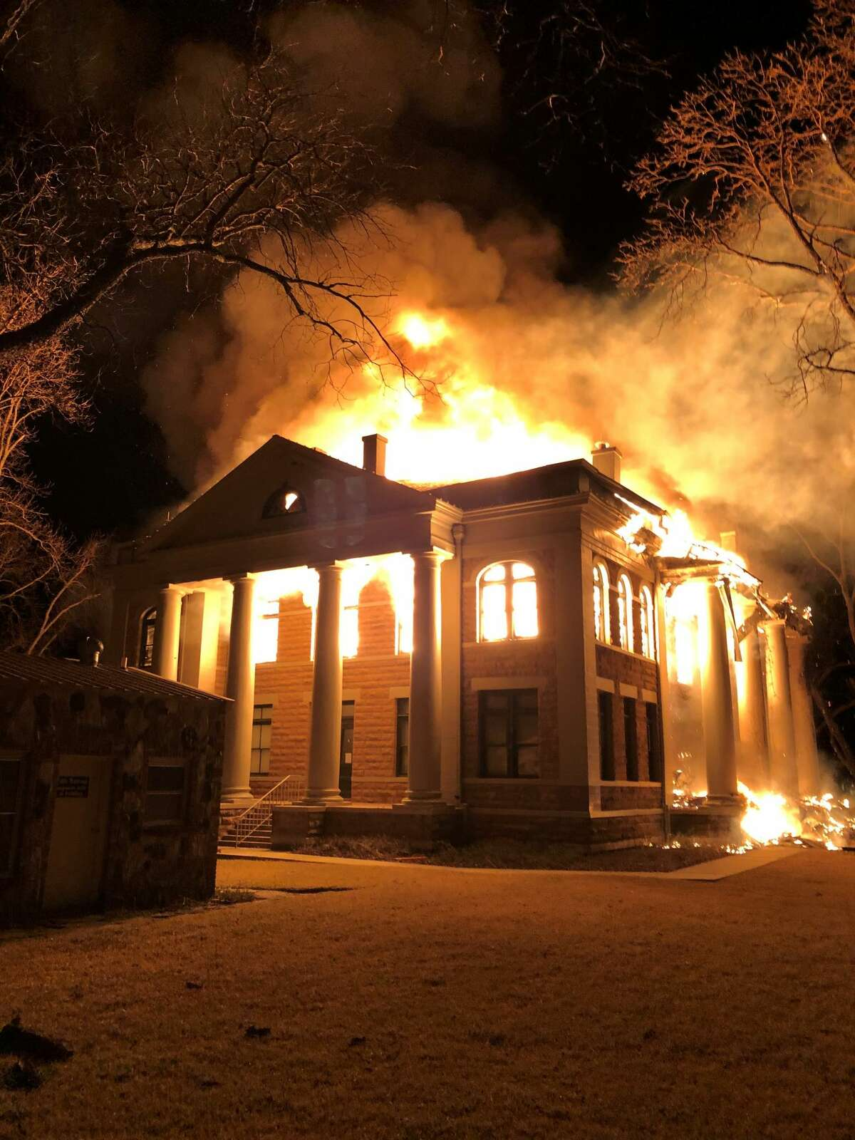 The Mason County Courthouse burned to ruins after it erupted into flames around 10:15 p.m.