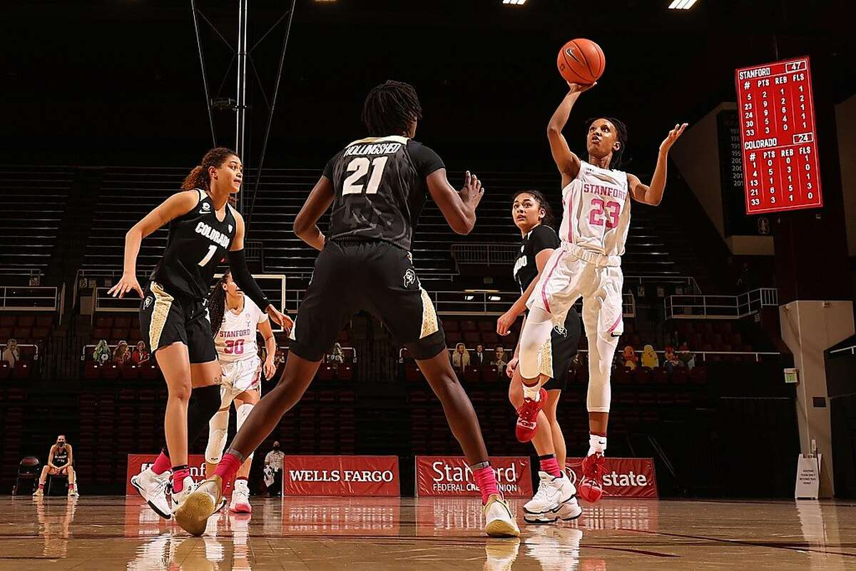 Kiana Williams takes a shot during Stanford's win Friday at Maples Pavilion.
