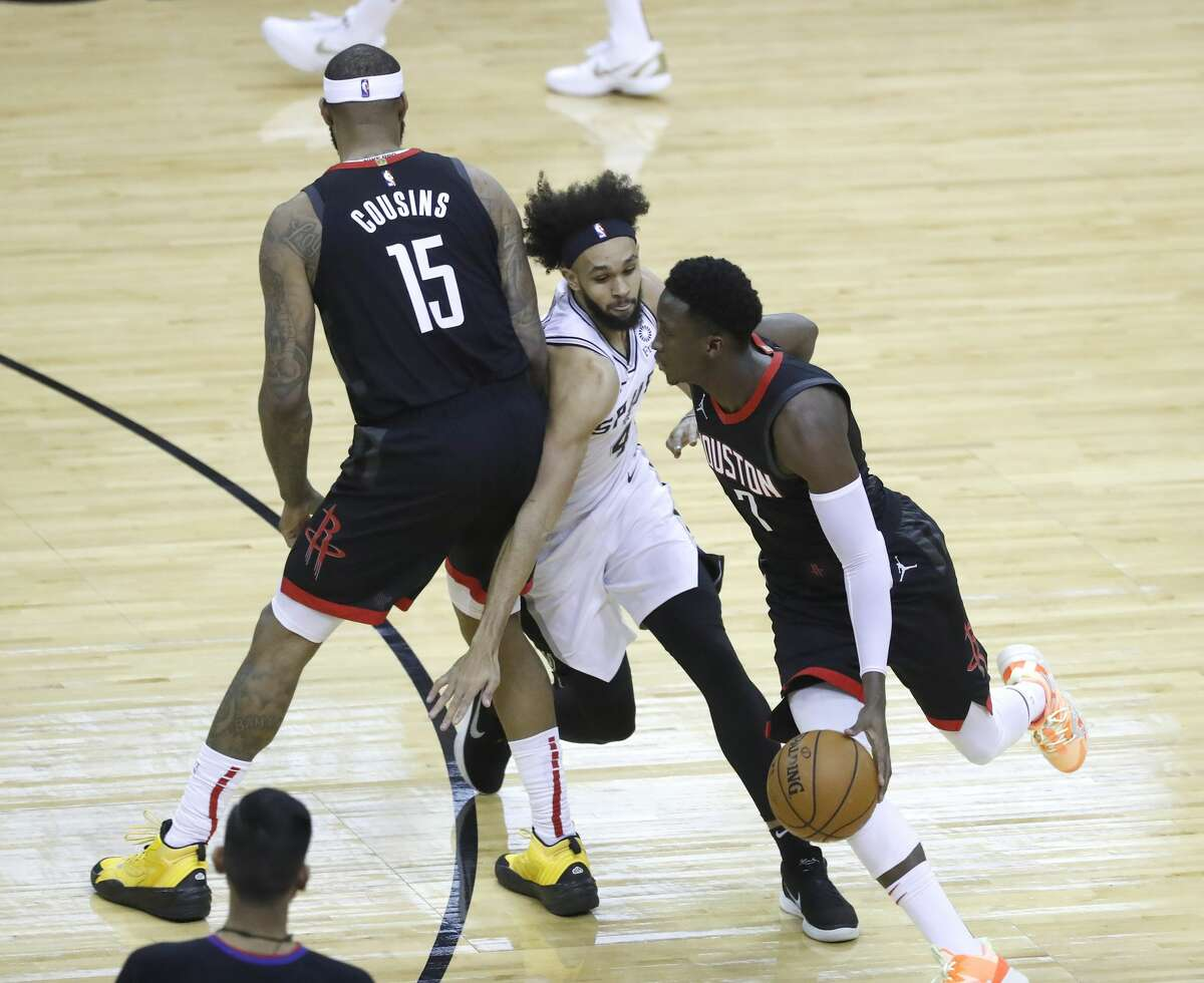 Rockets guard Victor Oladipo struggled in Saturday's loss to the Spurs, shooting 4 of 14 from the field.