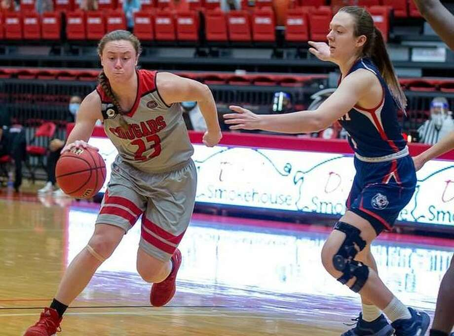 SIUE senior Allie Troeckler drives to the basket against Belmont on Saturday inside First Community Arena. Photo: SIUE Athletics