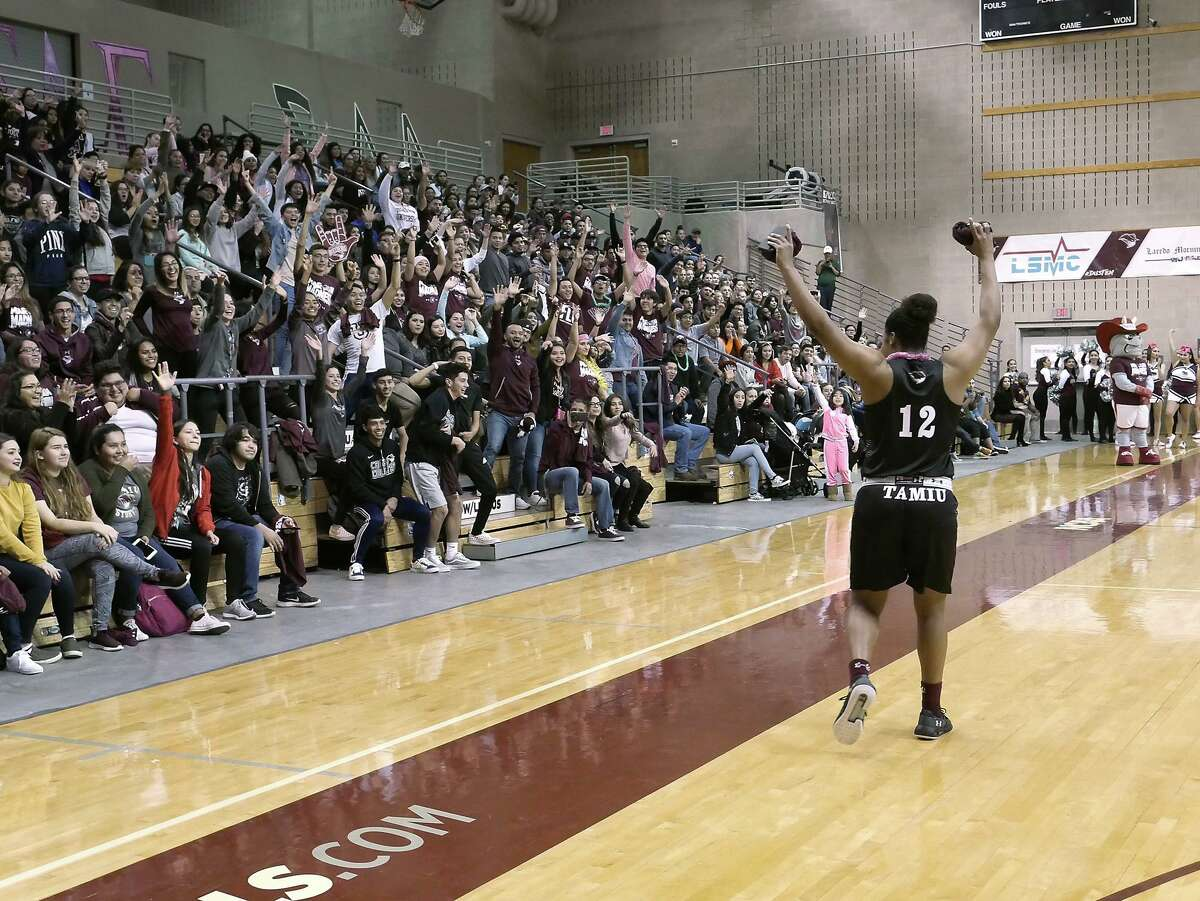 TAMIU men's and women's basketball begins 2018-19 season with Maroon Madness, Wednesday, October 18, 2018.