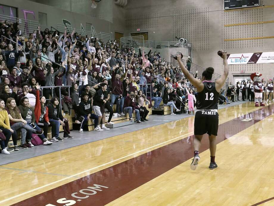 TAMIU men's and women's basketball begins 2018-19 season with Maroon Madness, Wednesday, October 18, 2018. Photo: Cuate Santos / Laredo Morning Times / Laredo Morning Times