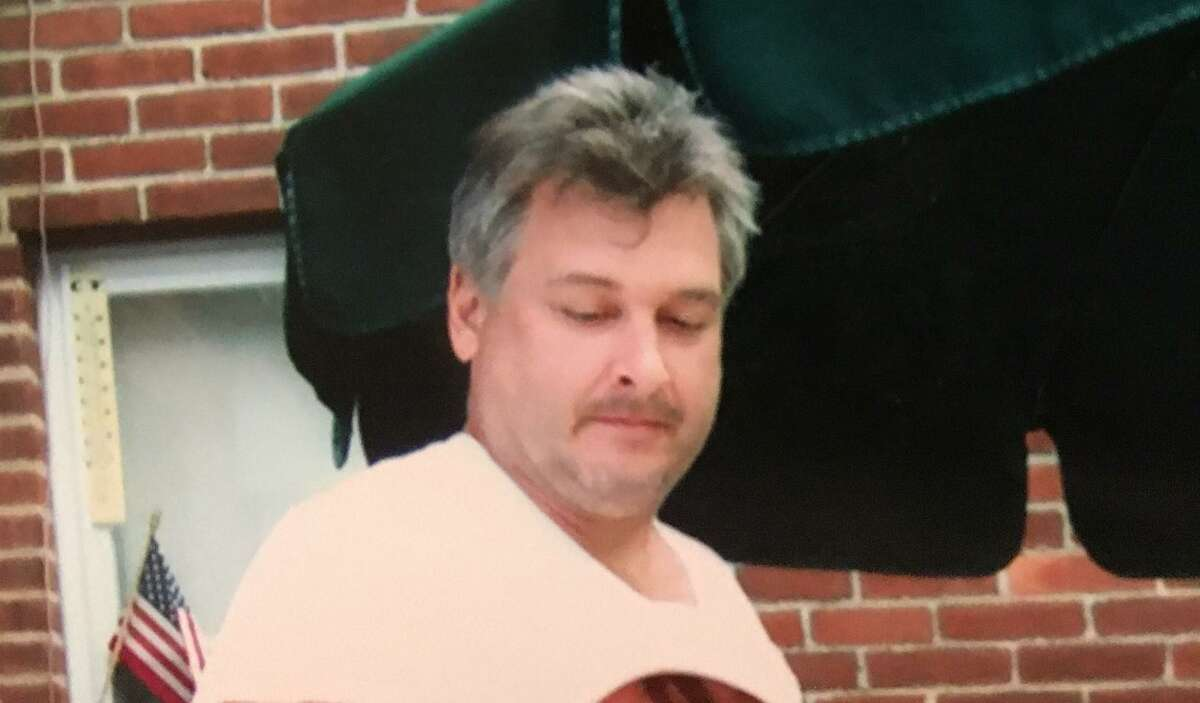 James Carlson of Norwalk, Conn. is in need of a liver transplant after being diagnosed with liver failure in 2020. His family is putting the word out in hopes of finding a live donor for him.