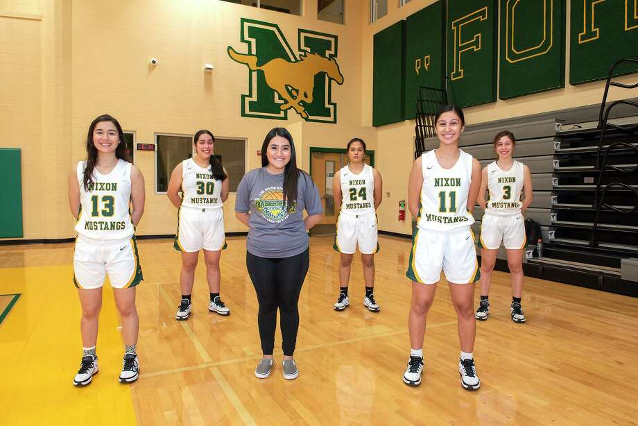 The Nixon girls' basketball seniors earned the fourth playoff spot in District 30-6A, and they open the postseason at 7 p.m. Thursday in Corpus Christi against District 29-6A champion San Antonio Stevens. Photo: Danny Zaragoza / Laredo Morning Times