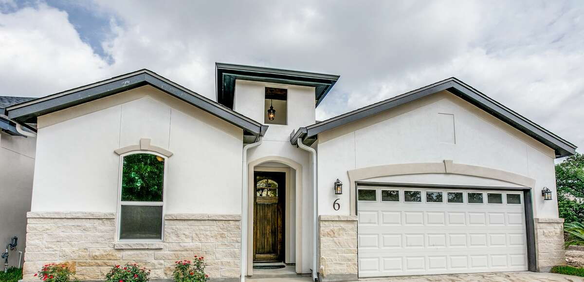 The Crest at Elm Creek is one of San Antonio's newest garden home communities. The builder is Tirol Homes.