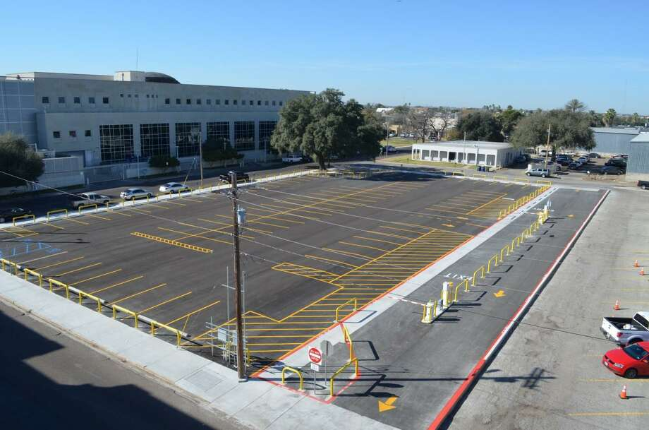 Webb County expanded its parking downtown. This parking site comes with 86 toll parking spaces. Rate is $2 per hour with a $16 max charge per day. Accepted payment methods are Visa and MasterCard. Photo: Courtesy /Webb County