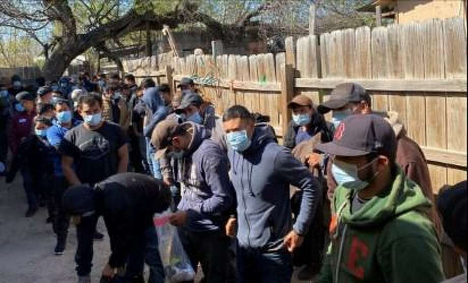 Laredo police officers encountered 48 immigrants illegally present in the country in the 300 block of San Pablo Avenue in the El Azteca neighborhood. Photo: Courtesy Photo /Laredo Police Department