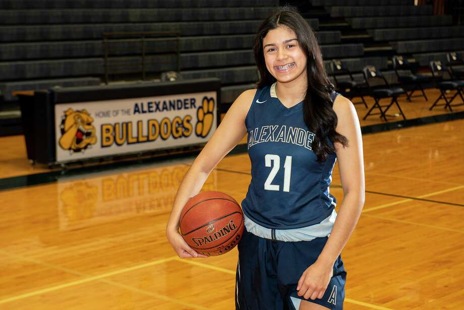Samantha Carranza and Alexander travel to Corpus Christi on Friday to open the playoffs against San Antonio Harlan with a 7 p.m. game at Moody High School. Photo: Danny Zaragoza / Laredo Morning Times