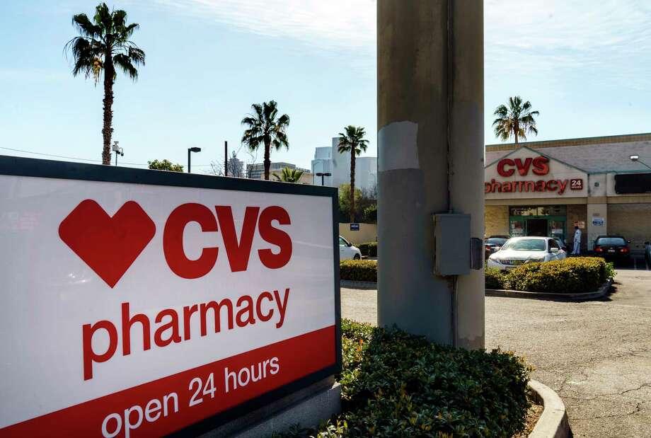 Las farmacias CVS empezarán a distribuir la vacuna contra COVID-19 en diferentes ubicaciones de Texas, incluido Laredo, a partir del 11 de febrero de 2021. Photo: Damian Dovarganes /Associated Press / Copyright 2021 The Associated Press. All rights reserved