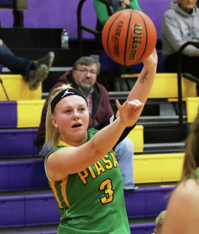 Southwestern's Addie Green, shown shooting a 3-pointer in a game last season, scored 10 points in the Piasa Birds' win over Brussels on Tuesday night in Piasa. Photo: Greg Shashack / The Telegraph