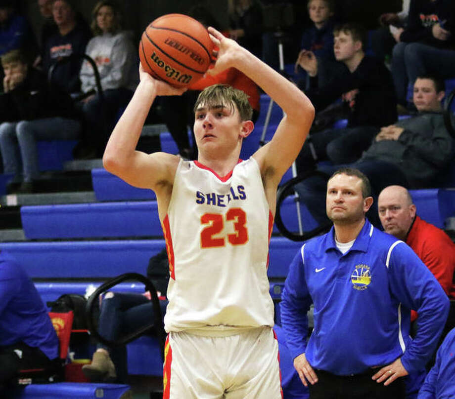 Roxana's Gavin Huffman scored 21 points and helped his team to a 51-42 victory over Highland Tuesday night. With the victory, the Shells are 2-2 on the season. Photo: Telegraph File Photo