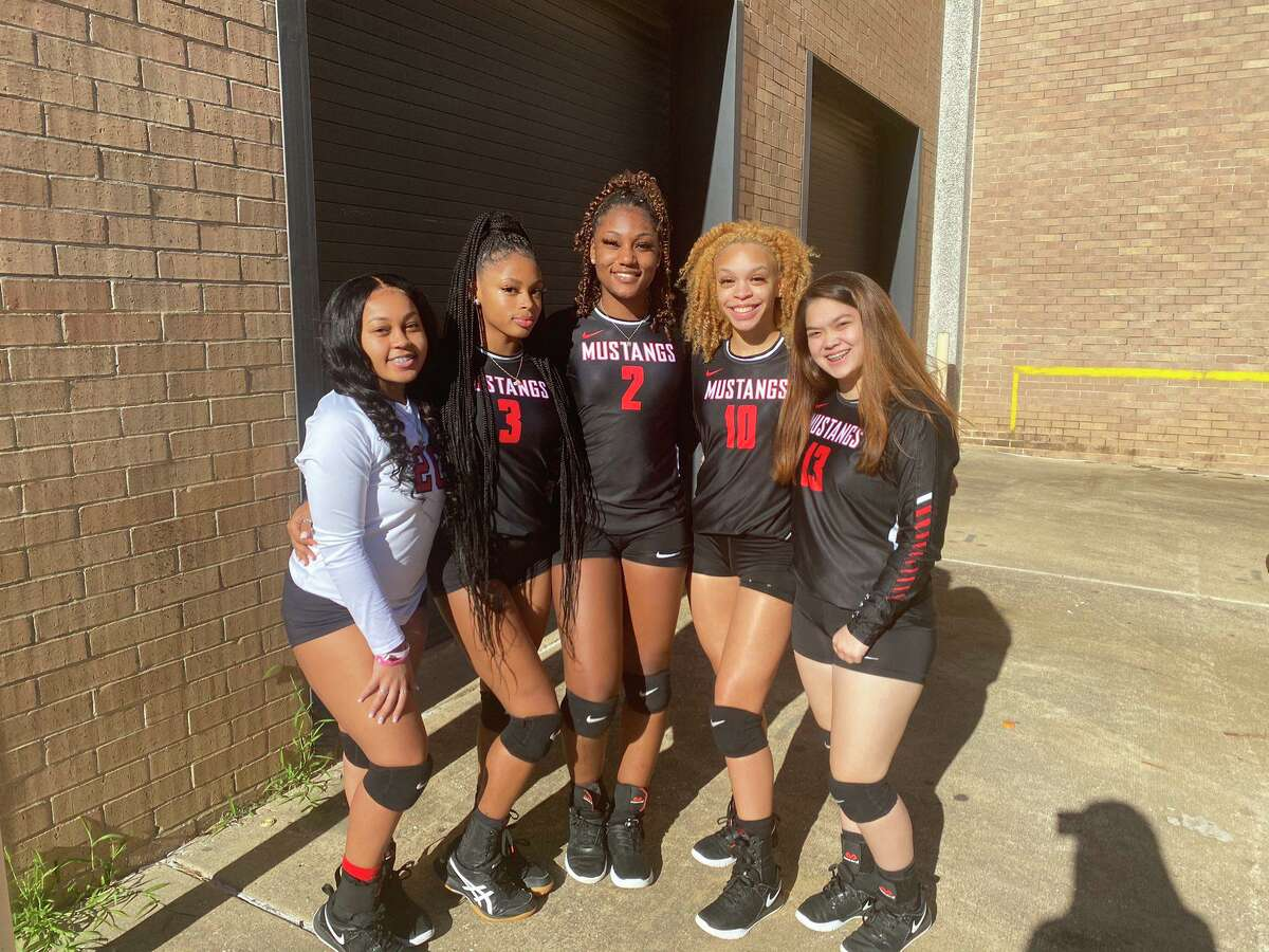Shown in a group photo from before the pandemic, three Westfield athletes were named to the 2020 District 14-6A All-District teams in Kamryn Dennis (left), Angel Bradley (second to left) and Mia Goffney (center).