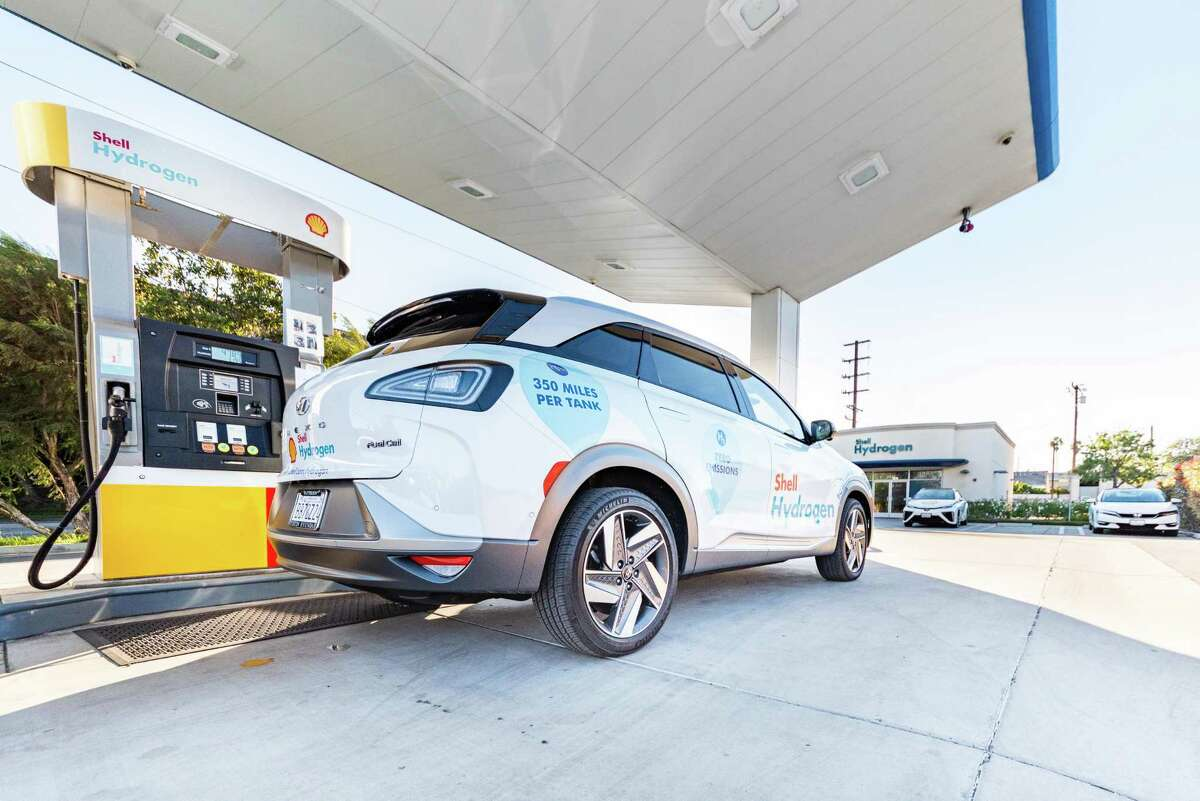 A vehicle is refueled at one of Shell's hydrogen refueling stations in California. Photo courtesy of Shell