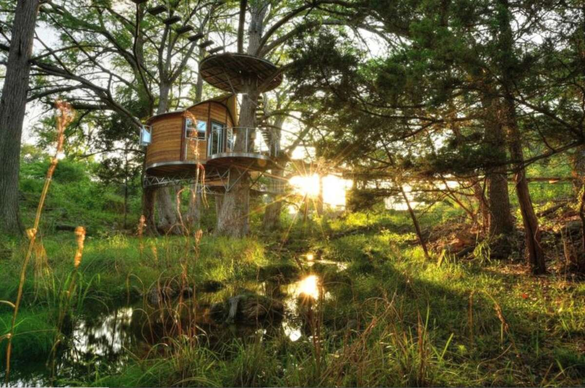One-room treehouse: 3 hours and 41 minutes from Houston.