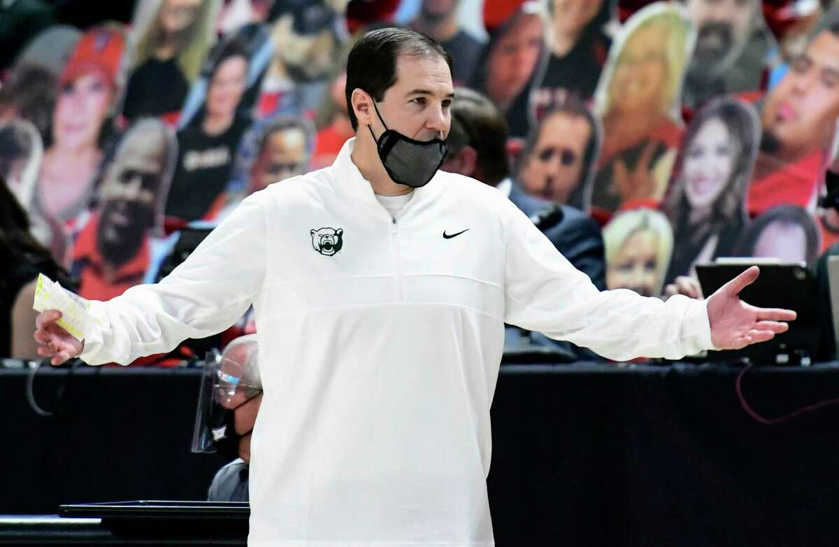 Although the pandemic kiboshed their hopes of a national title last year, coach Scott Drew and second-ranked Baylor are back in rarefied air this season.
