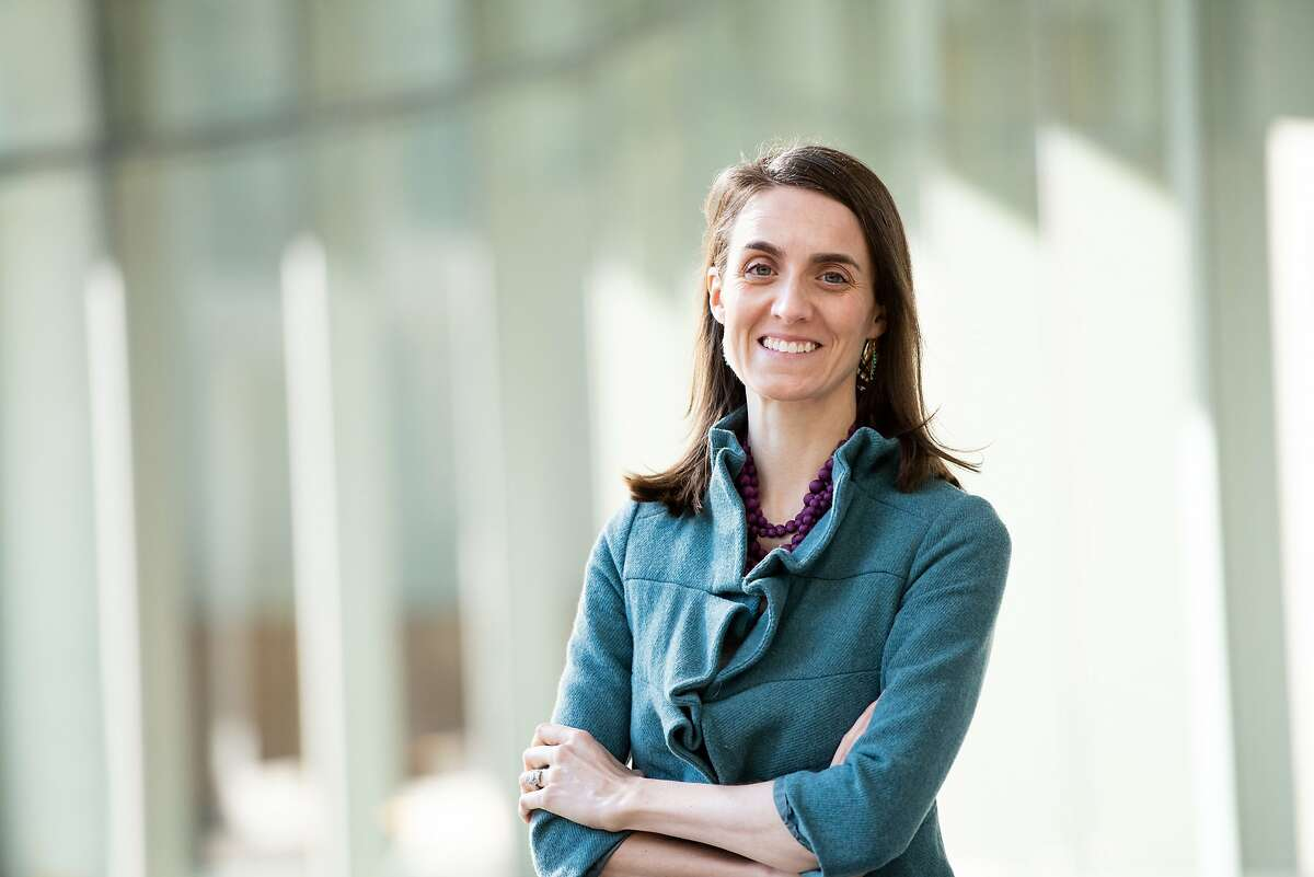 Dr. Joanna Hellmuth is a UCSF cognitive neurologist studying the phenomenon of peristent 'brain fog' in patients who have recovered from COVID-19.