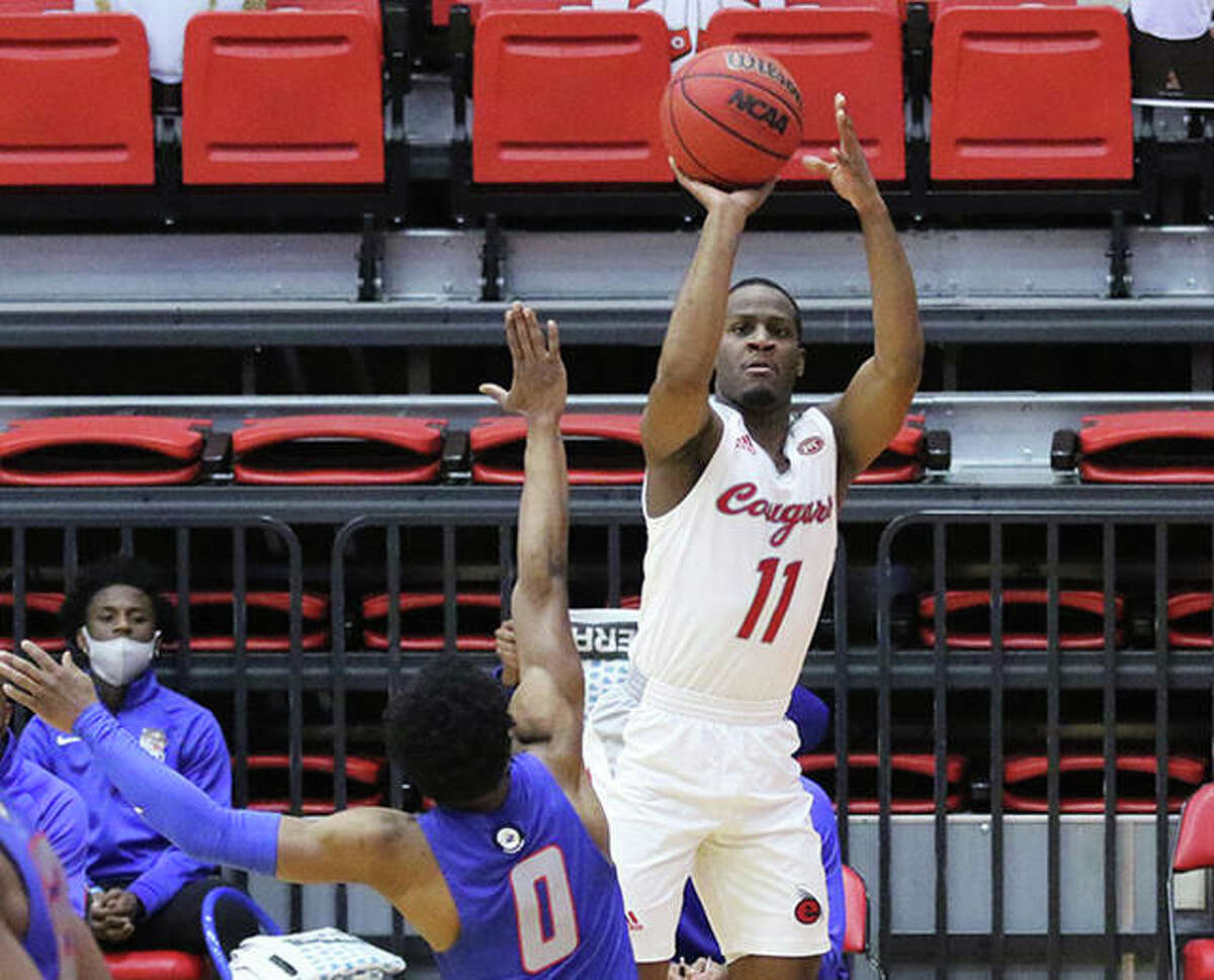 SIUE's Courtney Carter (11), shown shooting a 3 in a Feb. 4 game at First Community Arena in Edwardsville, scored 18 points in the Cougars' win over Tennessee Tech on Thursday night in Cookeville, Tenn.