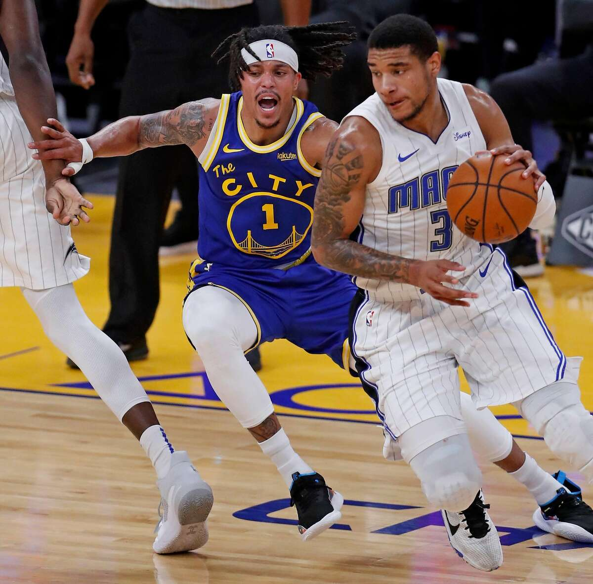 Warriors reserve guard Damion Lee has entered the NBA's COVID-19 health and safety protocols and will be sidelined 10-14 days.