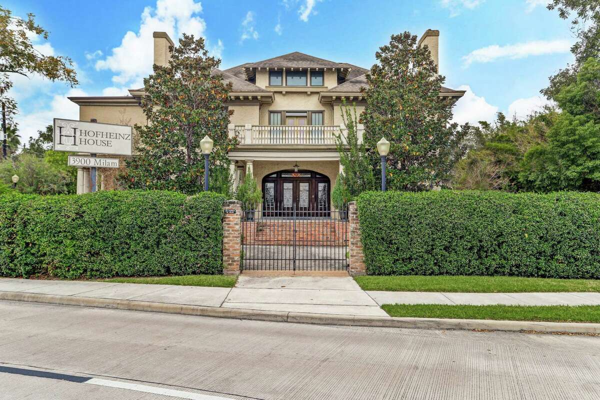 Hofheinz House, where former mayor and Astrodome developer Roy Hofheinz made plans to build the world's first air-conditioned domed stadium, has been listed for $1,795,000.