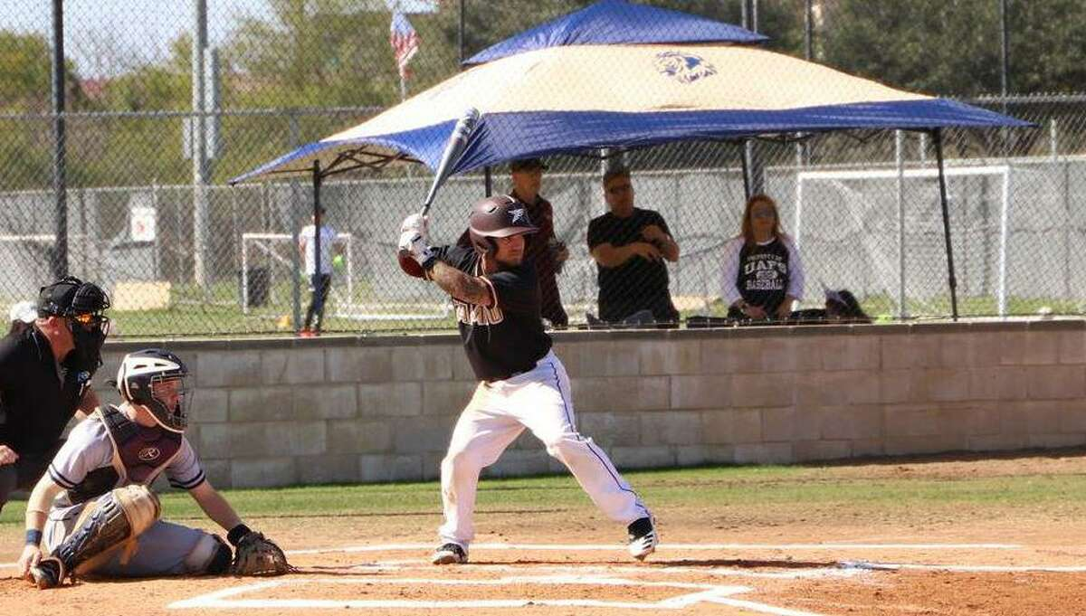 Andrew Holsey and TAMIU fell 6-2 in their home opener Friday against No. 10 UT Tyler.