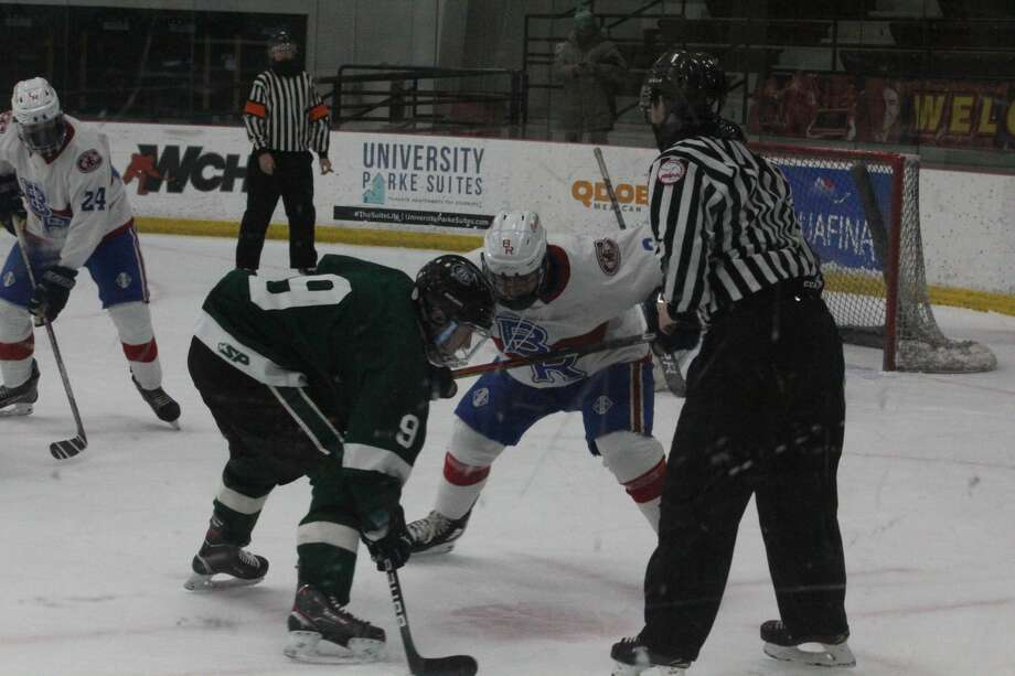 Forest Hills Central's hockey team defeated Big Rapids 6-2 on Saturday Photo: John Raffel