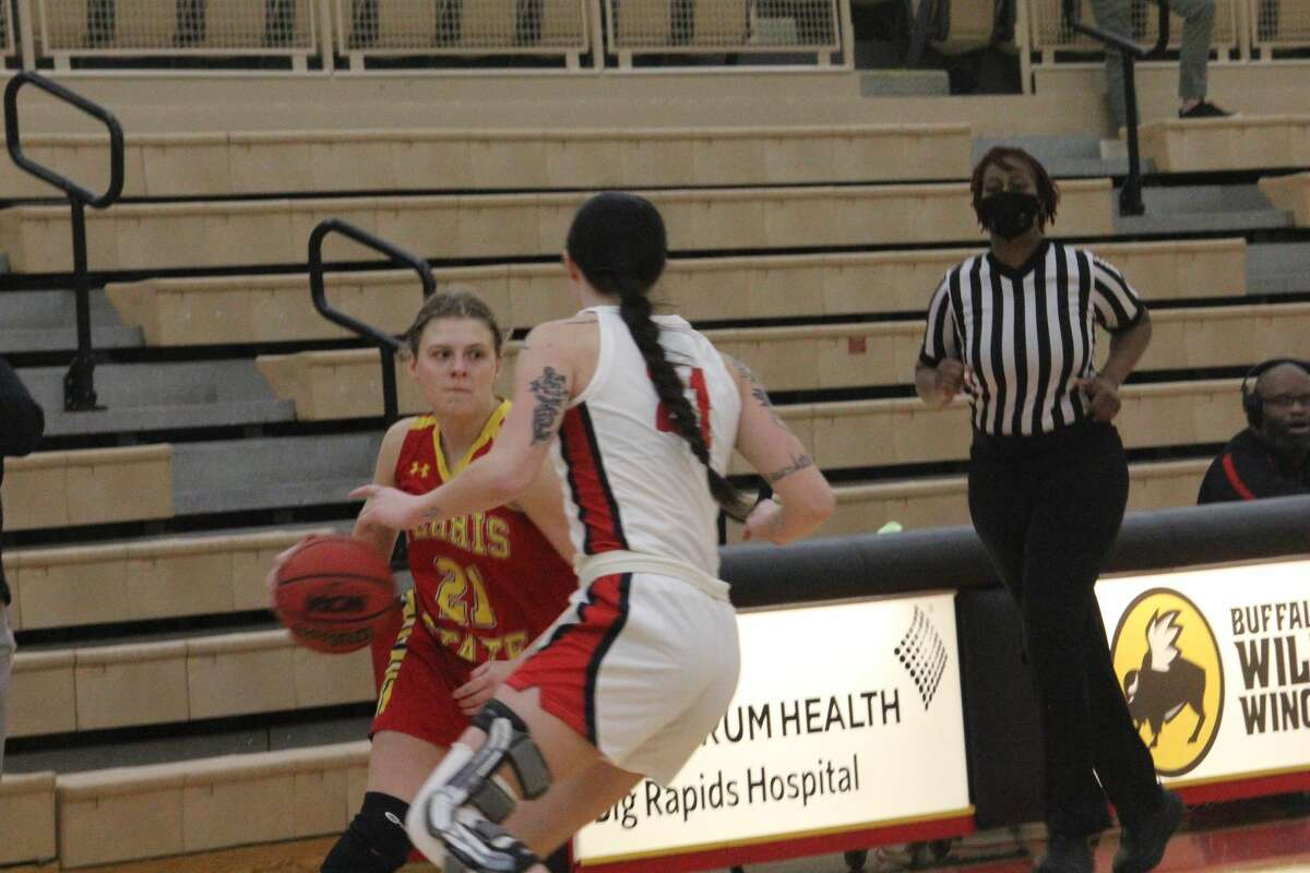 Ferris State's women had to settle for a split of the weekend GLIAC basketball series with Saginaw Valley