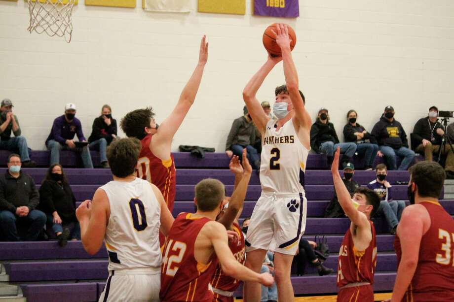 Nick Stevenson rises up for a shot in the paint on Saturday. (Robert Myers/Record Patriot)