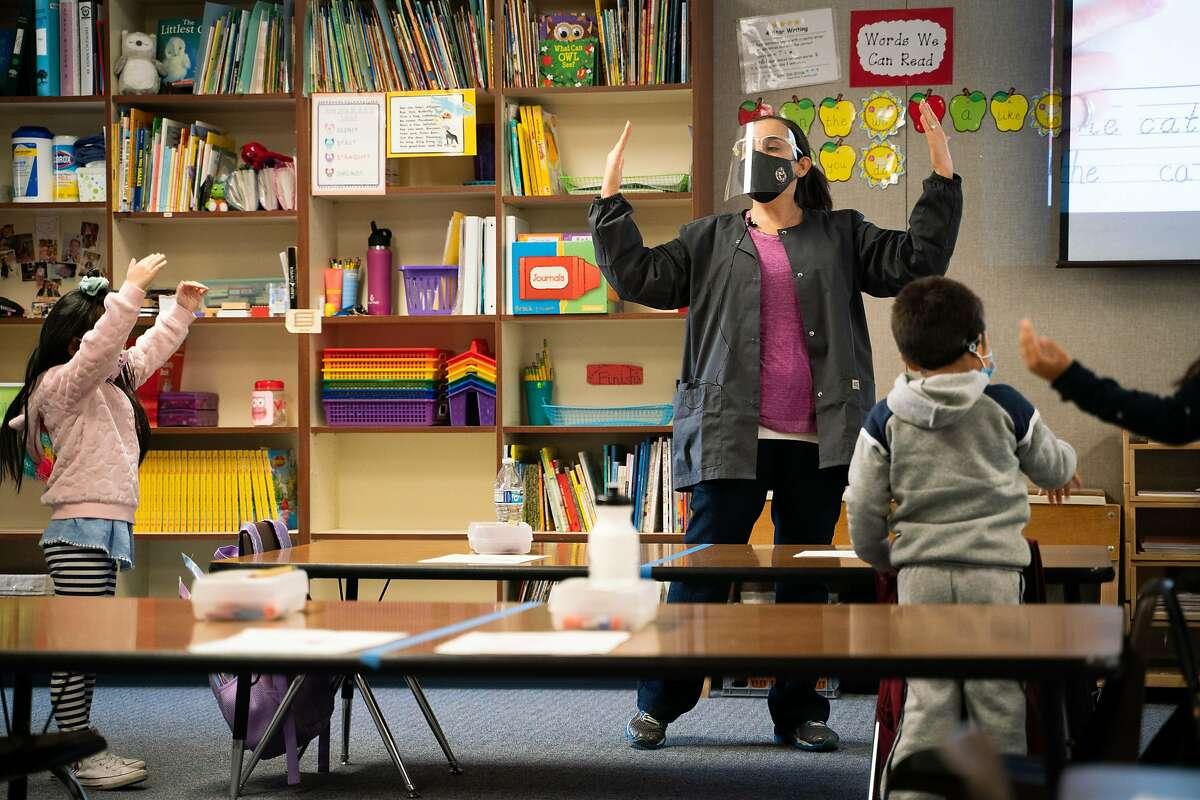 Jennifer Anderson teaches her kindergarten class at Brock Elliott school in Manteca (San Joaquin County).