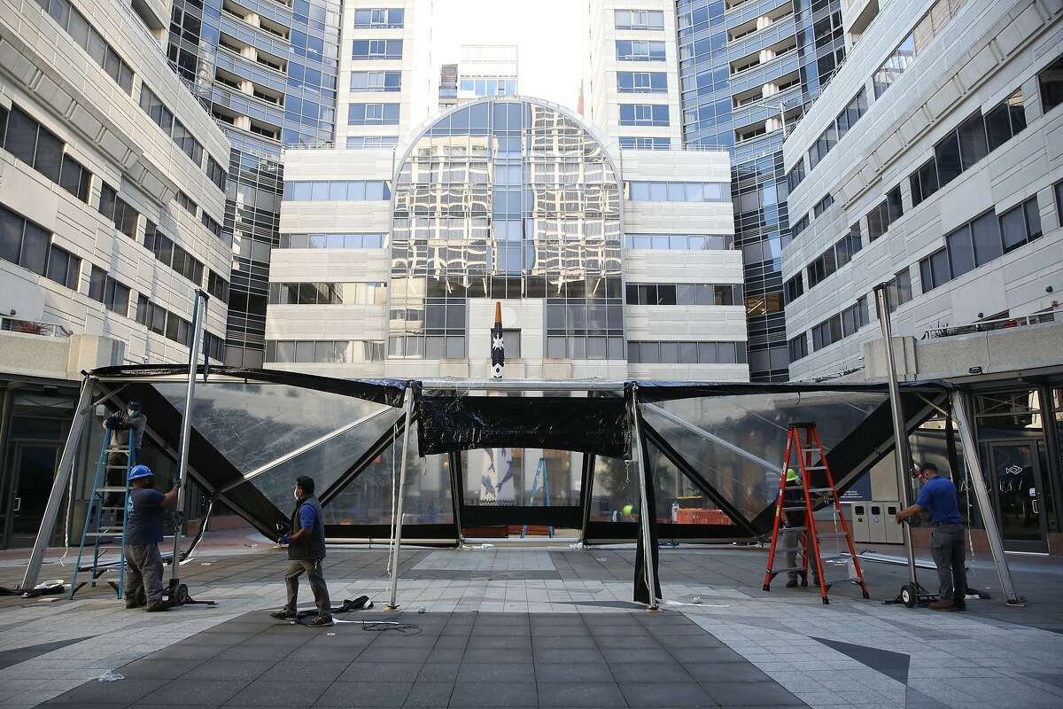 The Rincon Center courtyard, between residential towers, hosts fewer events in the pandemic.