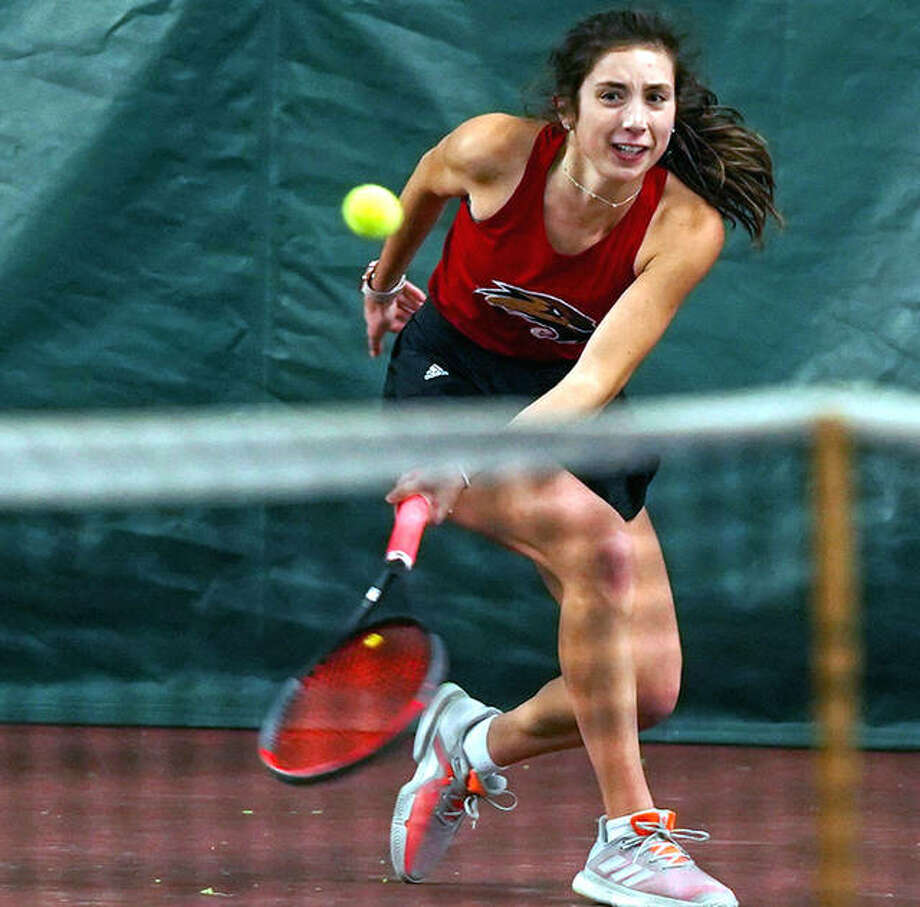 SIUE's Jordan Schifano went down to the wire in her No. 2 singles match Sunday at Valparaiso, but pulled out a 7-5, 7-5 victory. Photo: SIUE Athletics