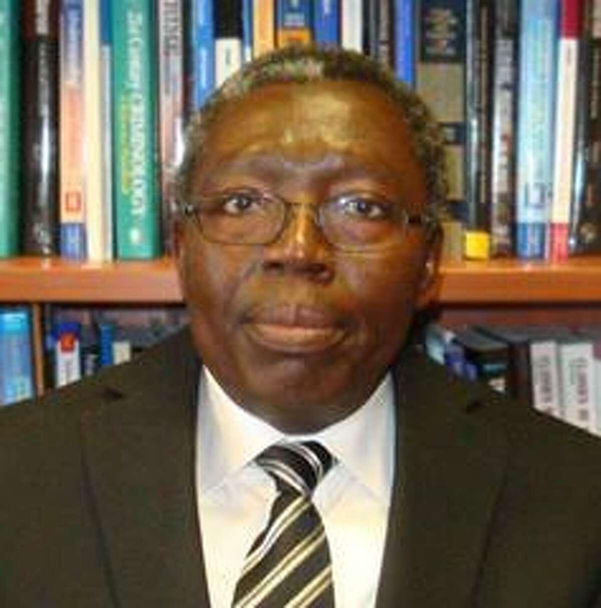Dr. Peter Haruna