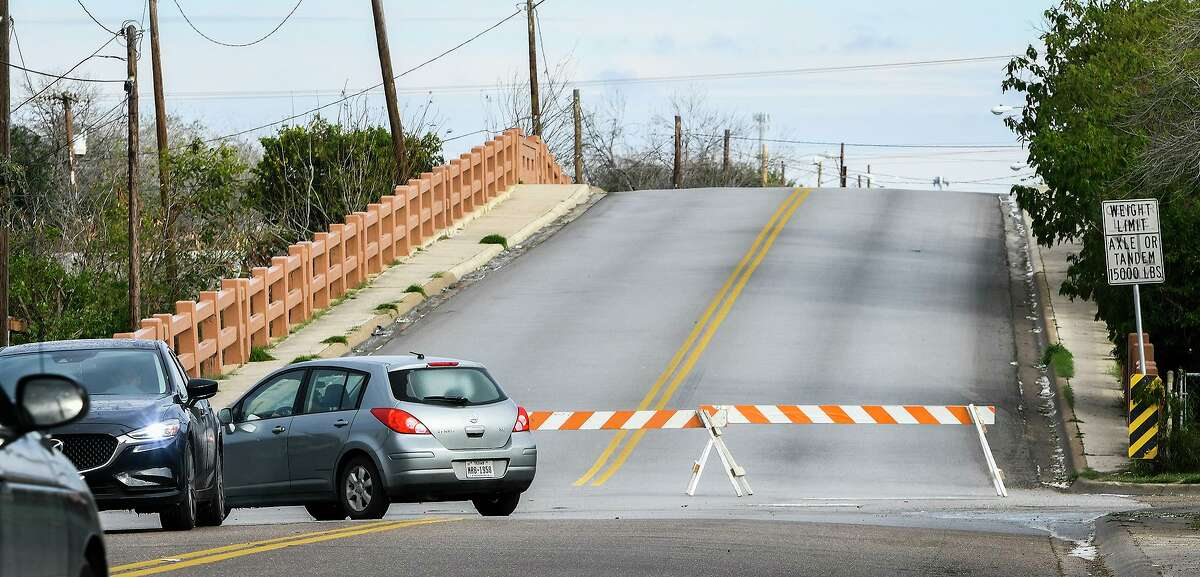 The Meadow Avenue bridge remains closed Monday morning, Feb. 15, 2021, as Laredo experiences temperatures in the low 20s following a winter storm the night prior.