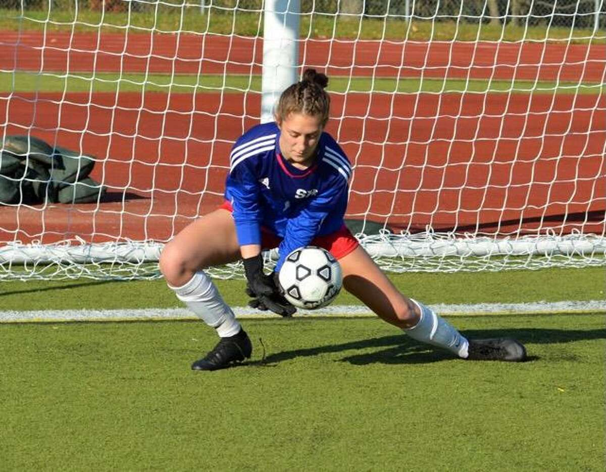 Ava King of Hamden has verbally committed to play soccer at Division I Stony Brook in the fall of 2022.