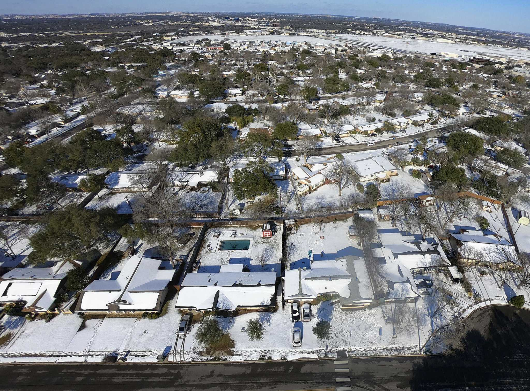 AT&T Wireless has its Texas customers covered during winter storm