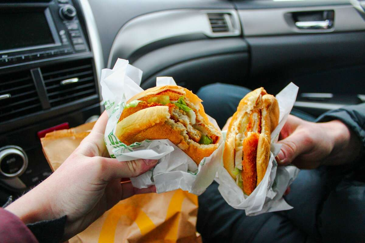 Americans have a love-hate relationship with fast food. We love the cost-savings and convenience, but hate the calories.