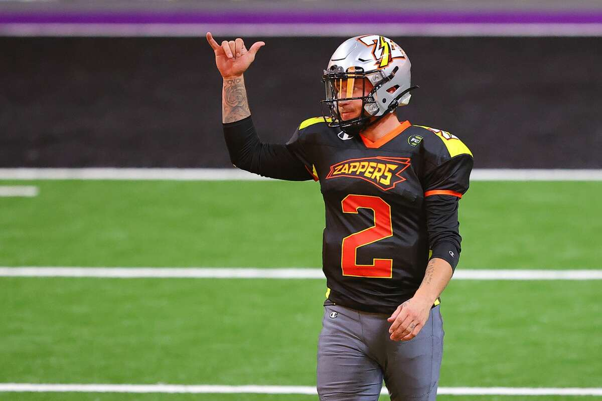 DULUTH, GEORGIA - FEBRUARY 13: Johnny Manziel #2 of the Zappers celebrates against the Beasts at Infinite Energy Arena on February 13, 2021 in Duluth, Georgia. (Photo by Kevin C. Cox/Fan Controlled Football/Getty Images)