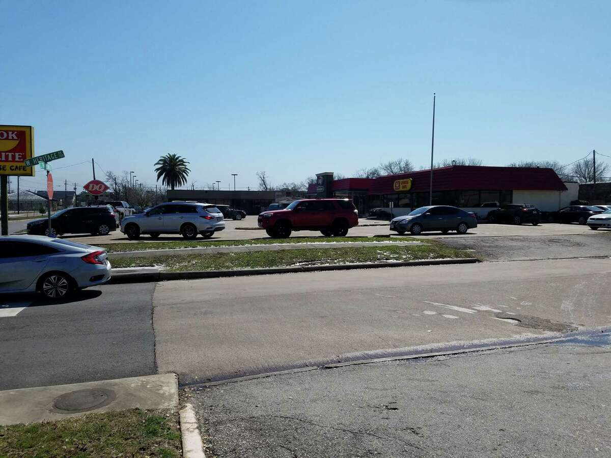 A Dairy Queen on South Friendswood Drive in Friendswood draws a line of cars that stretched into adjacent lot.