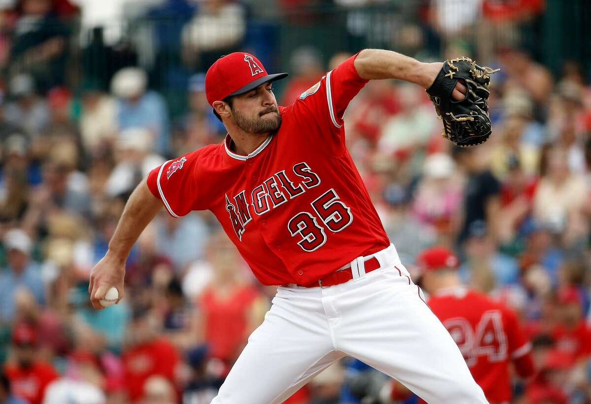 Los Angeles Angels' Nick Tropeano throws during the first inning of a spring training baseball game against the Kansas City Royals Sunday, March 6, 2016, in Tempe, Ariz. (AP Photo/Morry Gash)