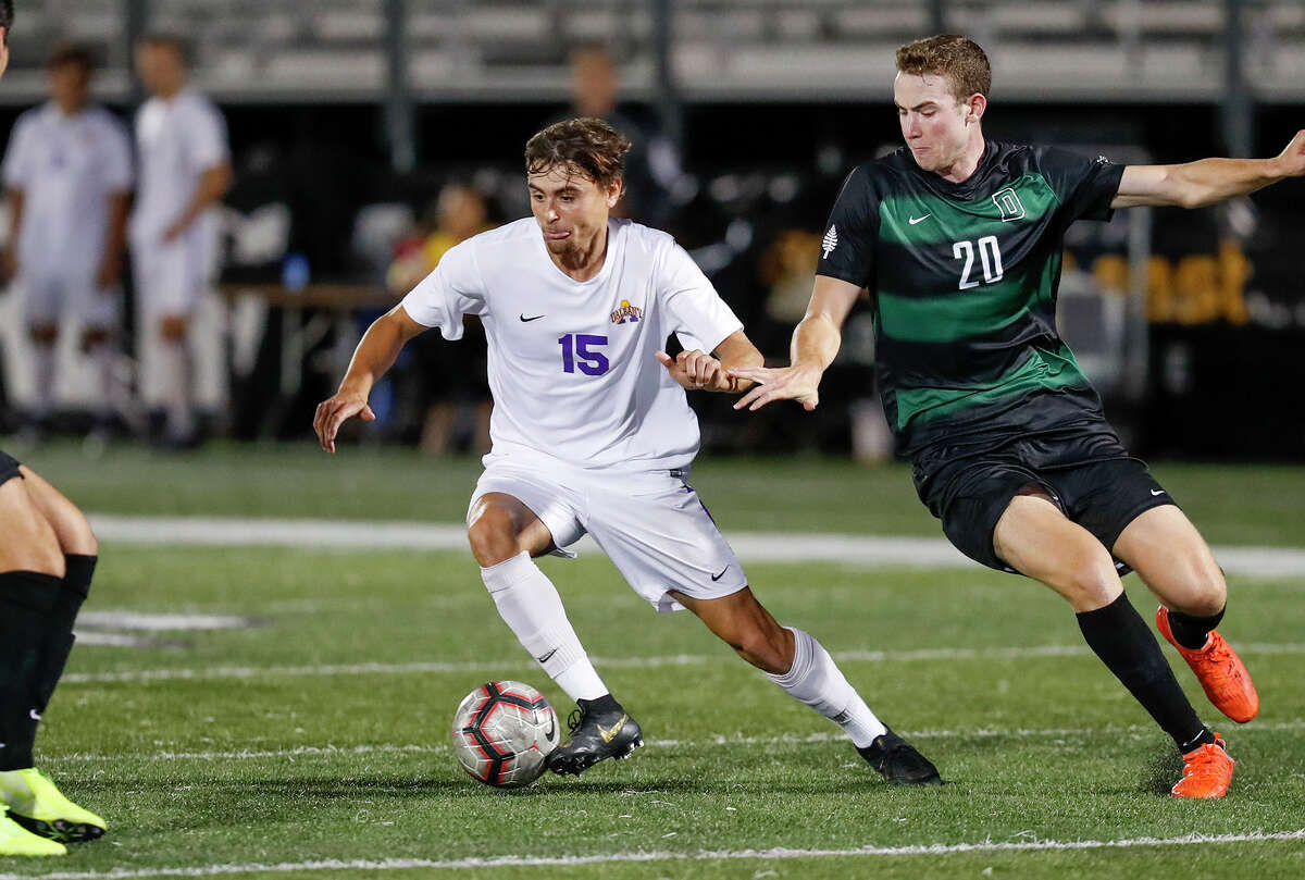 UAlbany soccer player Austin DaSilva (15) in a game Sept. 24, 2019, a 4-2 victory over Dartmouth. (Bruce Dudek/UAlbany athletics)